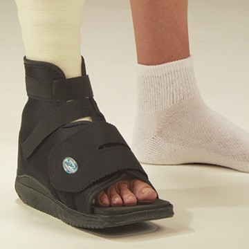 Best Shoe To Wear With Walking Boot